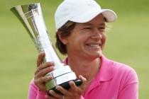 Catriona Matthew: 18 holes puts women off golf