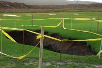 Amazing image of a sinkhole that appeared on a Scottish golf course