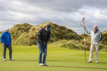 100 members of Scottish golf club raise funds for cancer charity