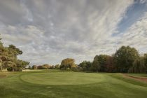 Golf club relaunches successful 'nine holes and a drink' promotion