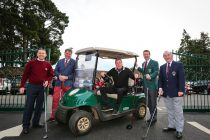 Harry Redknapp opens golf club's new entry gates