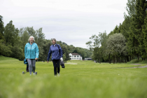 Nearly a half of 'nomadic' golfers are considering joining a club
