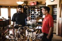 6 practical shopping tips you can try when buying golf gear
